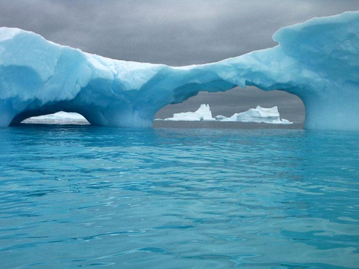 Arktik i Antarktik - Page 2 Main_ice_zoom